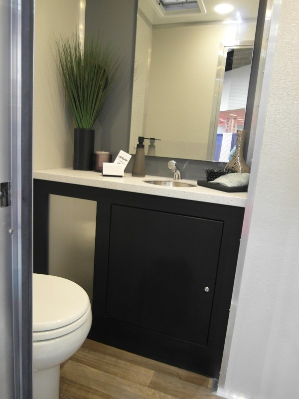 Porta Lisa Plus Overview Jag Mobile Solutions Mobile Restroom Trailers Portable Shower