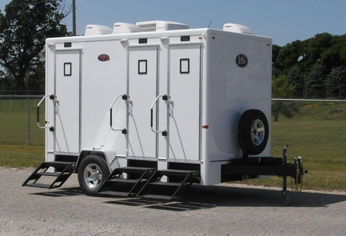 Porta lisa plus regal features jag mobile solutions for Portable bathroom trailers