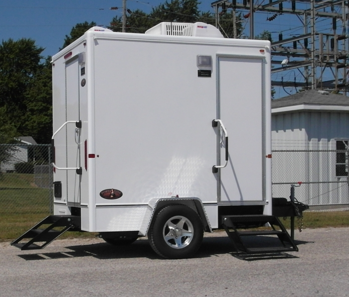Porta lisa regal photos jag mobile solutions mobile for Portable bathroom trailers